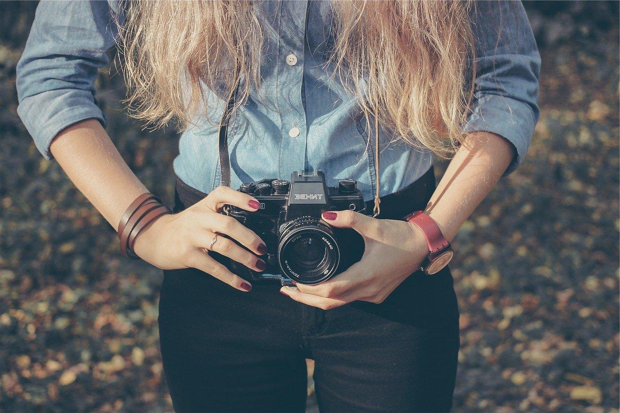 Les webmasters et photographes peuvent optimiser les informations de leurs images avec IPTC